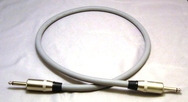 Upscale-Canare-4S11-Speaker-Cable-with-1-4-Plugs-100-FT